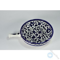 A beautiful ceramic piece for serving a hot food